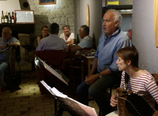 concert-cathy-jean-yves-creperie