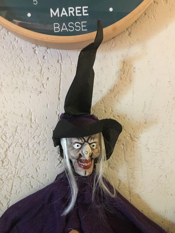 sorciere-halloween-plouharnel